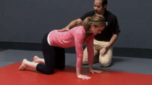Mark-Cheng MaryAnne Harrington low back position during crawling